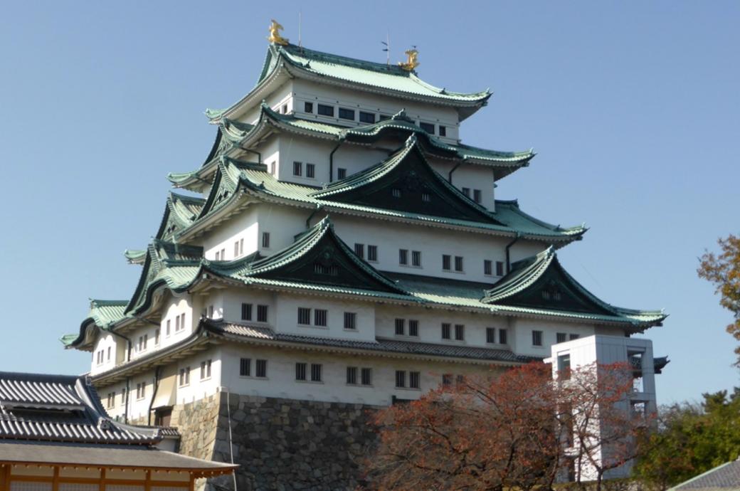 名古屋城と金の鯱