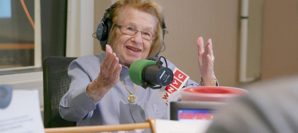 実在の90歳の女性セックスセラピスト『おしえて!ドクター・ルース』