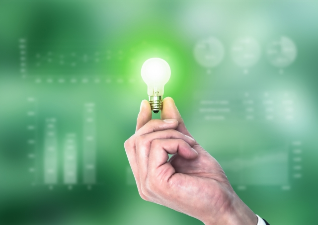 大手電力の業績改善・新電力の経営悪化